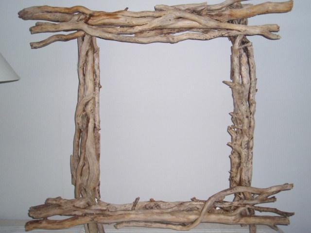 Fil de fer et compagnie cadre en bois flottes for Cadre photo en bois flotte